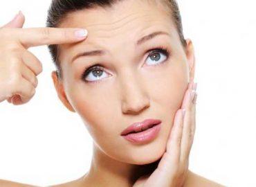 Как да се преборим с бръчките на челото?