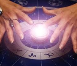 Писано ли ни е да срещнем своя личен астролог
