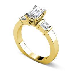 Кой метал е най-добър за диамантен пръстен?