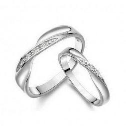 Защо да потърсим пръстени в сребърна бижутерия