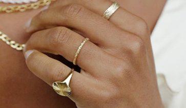 Златото е идеалният избор за пръстени без камъни